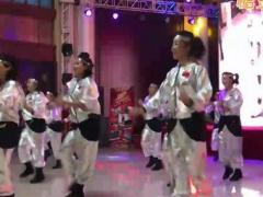 冬冬水兵舞三周年颁奖盛典节目:最炫秒速七星彩